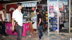 Antalya'da Türk Bayrağı Asılı Markete, 30 kişilik Grup Taş ve Sopalarla Saldırdı