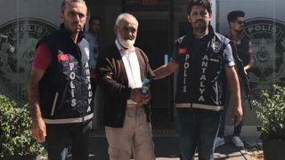 Antalya'da Otomobilde Bıçaklanmış Olarak Bulunmuştu, Cinayet Şüphelisi Tutuklandı